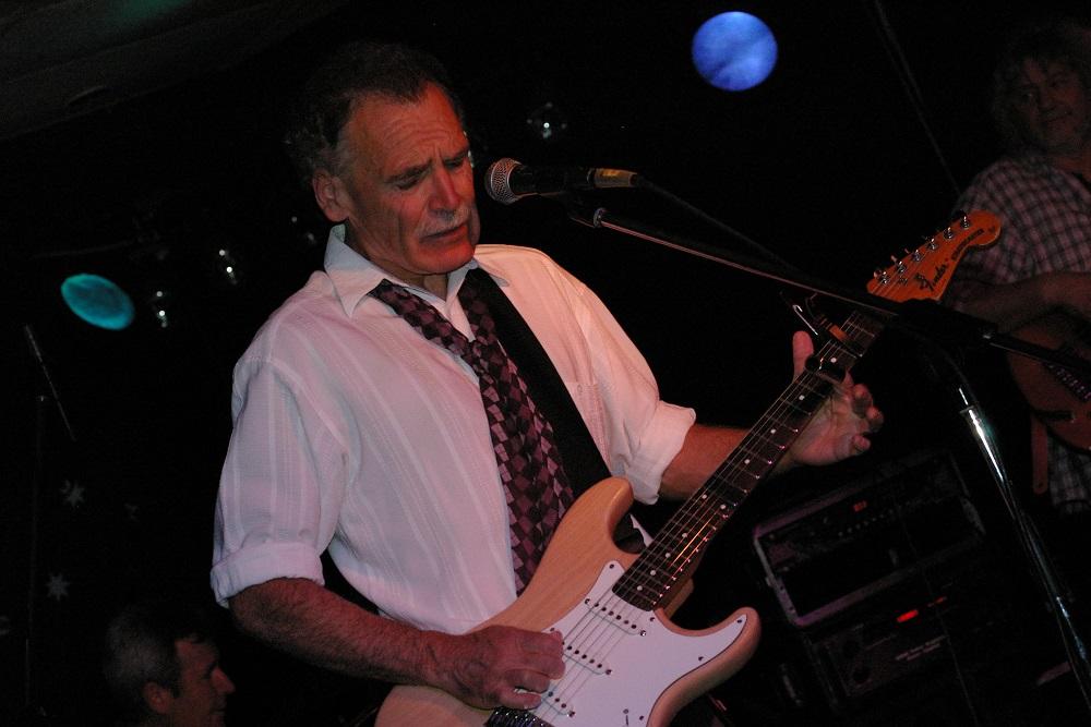 Dave-Hole-&-Band